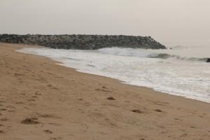 Barreira erguida para a recuperação da costa de Siafato no Benin
